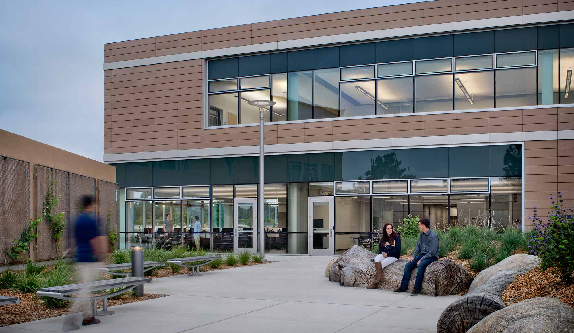 CSU Monterey Bay, The Business & Information Technology Building
