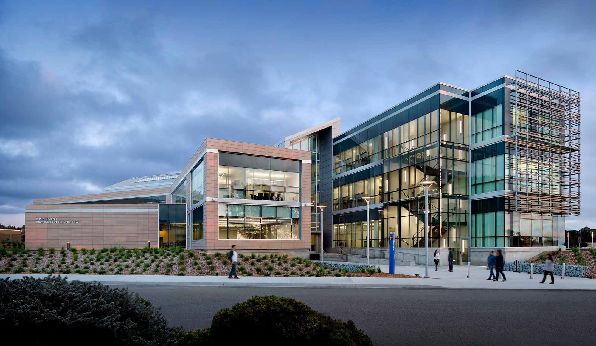 Monterey Bay University >> Csu Monterey Bay The Business Information Technology Building